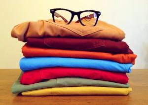 ubrania w wielu kolorach